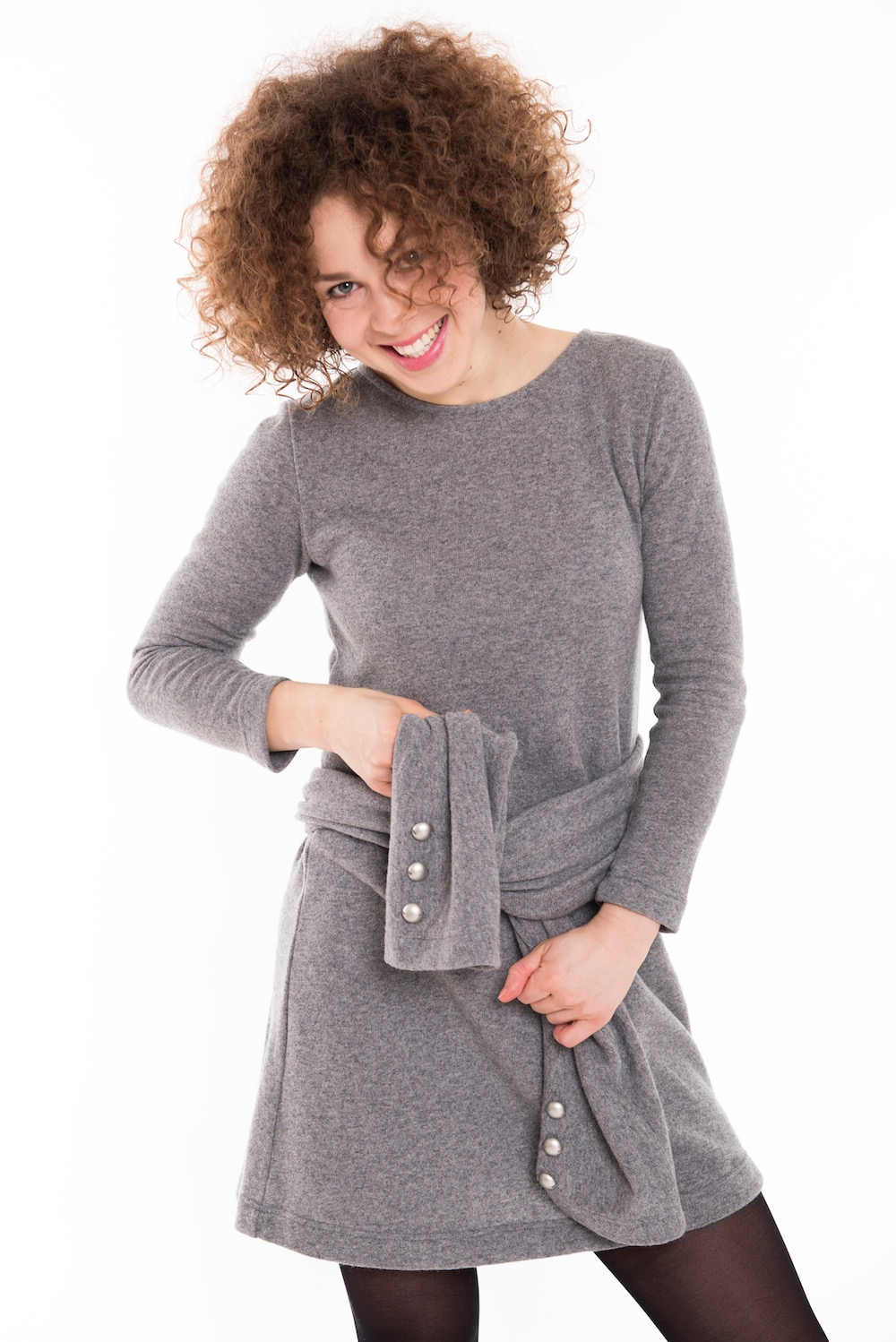 Short sweater dress in grey wool EASY