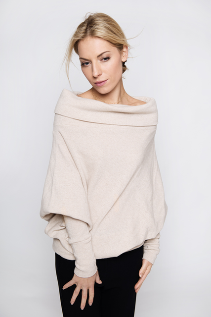 Cozy sweater in cream wool POEM