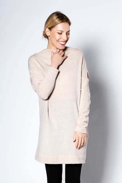 LeMuse creamy METALIC PEARLS sweater dress