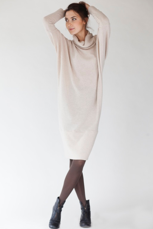 Cream sweater dress in wool LAB SPECIAL DESIGNER CUT