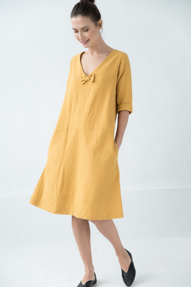 V neck linen dress in yellow SUN