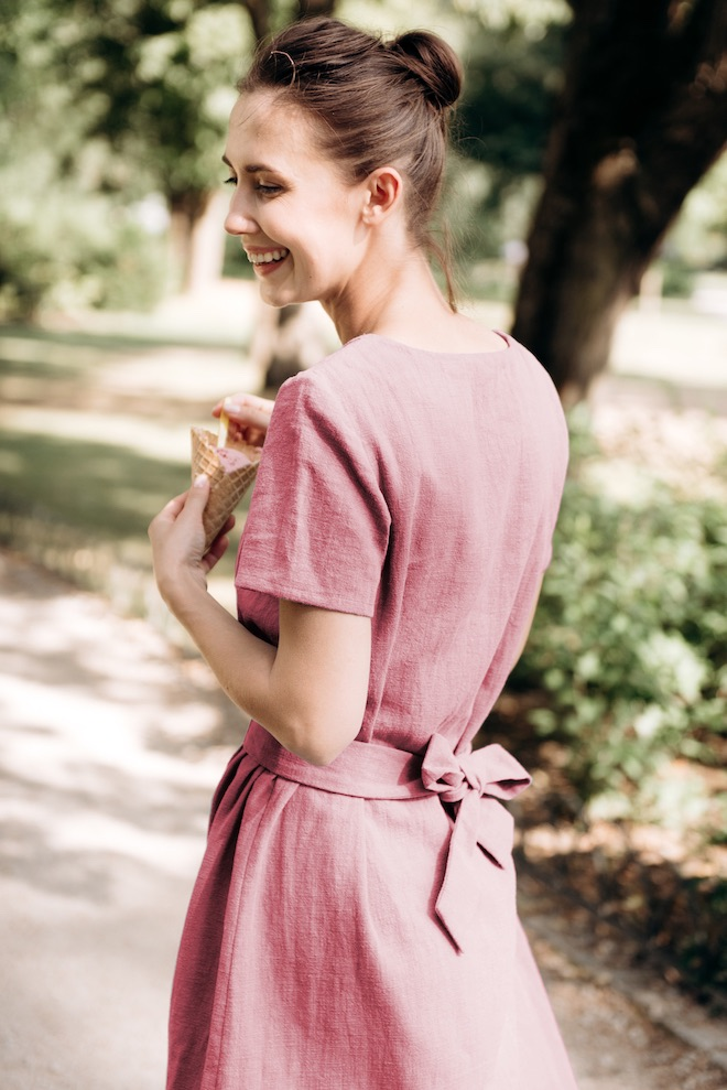 Fitted linen dress in dusty rose LOLITA