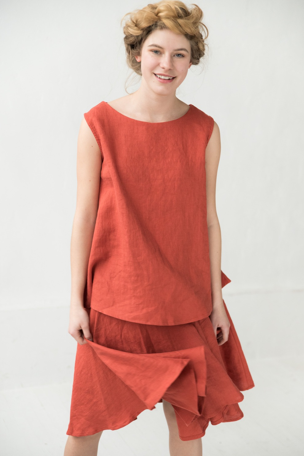 Sleeveless linen blouse in orange MADRID