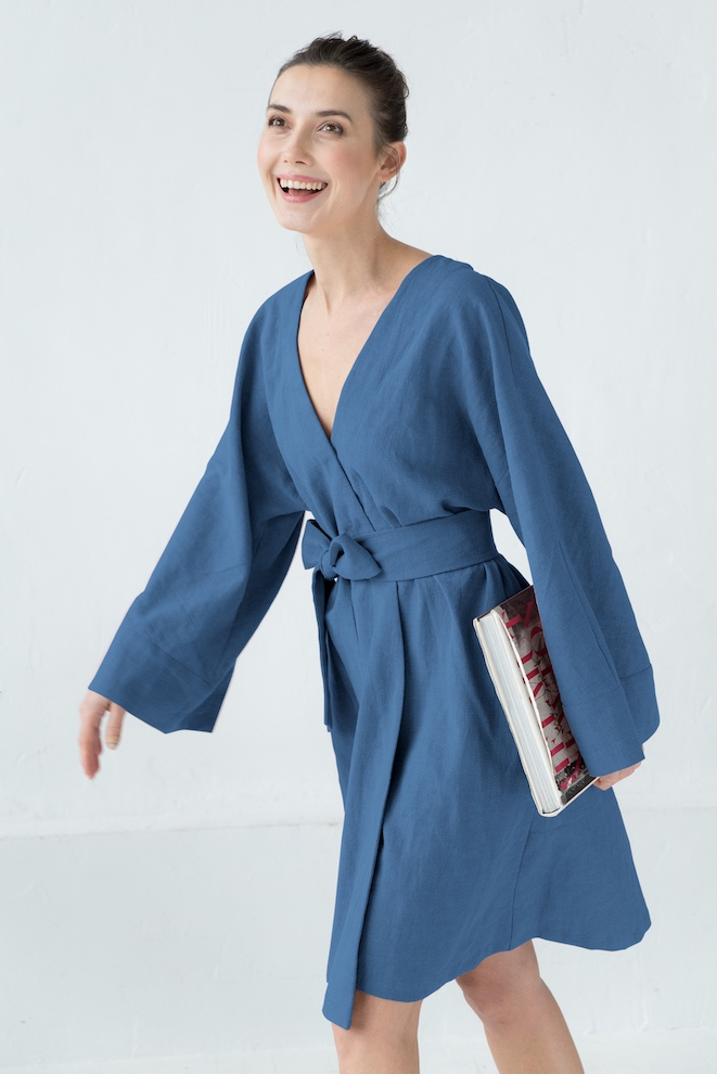 Wrap dress in blue KIMONO