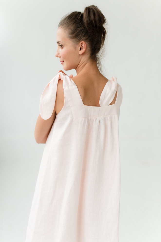 Linen nightgown in rose JULY